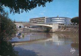 33 - Libourne : Le Nouveau Pont Et La Cité Administative - Libourne