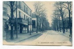 CPA  93  :   BAGNOLET  Avenue Pasteur    Pompe à Essence      A  VOIR  !!!!!!! - Bagnolet