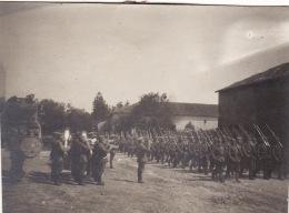 Photo Juin 1916 GUSSAINVILLE (près Etain) - Parade Des Troupes Allemandes, Réserve IR 4 (A142, Ww1, Wk 1) - France