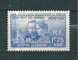 Timbres Des Cote De Somalis  De 1938 N°147  Neuf *tres Petite Trace De Charnière Belle Gomme - Costa Francese Dei Somali (1894-1967)