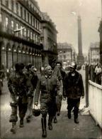 Libération De Paris (Aout 1944) - Tirage Photo Originale - 24 (L) X 18 (H) - Au Coeur De L´histoire - A Voir - Lot 15632 - Guerre, Militaire