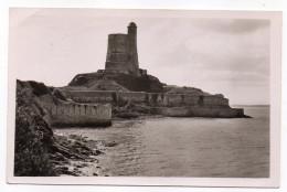"""SAINT VAAST LA HOUGUE--1953--Le Fort De La Hougue à Marée Haute,cpsm 14 X 9 N°52.868 éd Le Goubey-cachet Daguin""""Huitres"""" - Saint Vaast La Hougue"""
