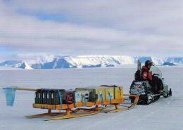 1 AK Antarctica Antarktis * Field Trip To Heimefrontjella In Dronning Maud Land * - Ansichtskarten