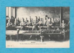 Bologne. - Vue Des Ateliers Des Limeurs De Ciseaux De La Colonie. - France