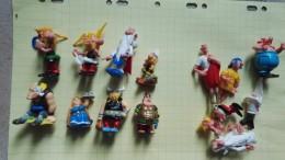 Lot Kinder Ancien + Pièces  Asterix Obelix Dessin Animé - Lots