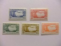 GUINEA FRANCESA GUINEE FRANÇAISE 1940 Yvert Nº PA 1 / 5 ** MNH - Guinea Francesa (1892-1944)