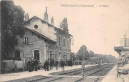 23 - Vieilleville - La Gare Animée - Autres Communes