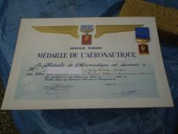 Diplôme De Ma Médaille De L'aéronautique Avec Sa Médaille De 1945,bon état - France