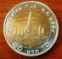 NEU 10 Thai Baht Bimetall Thailand 2015 STGL - Thaïlande
