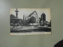 LOIRET ORLEANS PLACE GAMBETTA ANCIENNE TOUR ET NOUVELLE EGLISE SAINT PATERNE - Orleans