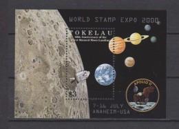 Tokelau Block Mi 21 Stamp Expo 2000 Anaheim - USA - Apollo II - First Moon Landing - Planets - Sun System * * - Tokelau