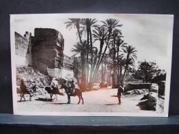 CT. 515. Marrakech. Route De Bab Doukala. Les Remparts - Marruecos