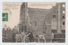 NOGENT SUR SEINE -10) - LA CATASTROPHE DE LA MALTERIE 1911 - LES CHASSEURS A PIED DE TROYES ORGANISENT LE DEBLAIEMENT - Nogent-sur-Seine