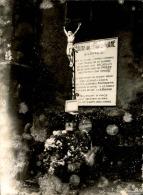 Images D´Oradour Sur Glane Quelques Jours Après Le Départ Des SS Allemands - Photo Originale - 24 (L)X18 (H) - Lot 15698 - Guerra, Militares