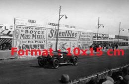 Reproduction D'une Photographie D'une Bentley Numéro 3 Aux 24 Heures Du Mans De 1928 - Reproductions