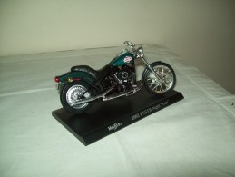 "Harley Davidson (2002 FXSTB Night Train)  ""Maisto""  Scala 1/18 - Motos"