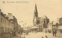 HAM-sur-HEURE - La Grand'Place Et L'Eglise - Défilé De La Marche Saint-Roch - Ham-sur-Heure-Nalinnes