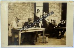 CPA Carte Photo Commerce Café Alcool Famille 1918 FRAISSES Loire 42 Auvergne - Autres Communes