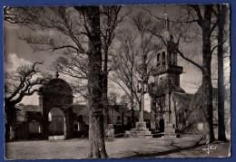 29 PLOMODIERN SAINTE MARIE DU MENEZ HOM Enclos Paroissial Avec Arc De Triomphe, Calvaire, église, Clocher à Dôme XVIe - Plomodiern