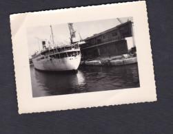 Photo Originale Bateau Paquebot Le Kairouan  Dans Un Port à Situer - Bateaux