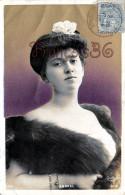 CPA Jolie Fille / Frau / Lady - Jeune Femme Artiste ANDRAL / Reutlinger Théatre Paris 1905 - Artiesten
