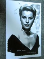 Carte Postale Photo  Grace Kelly Photo Paramount - Entertainers
