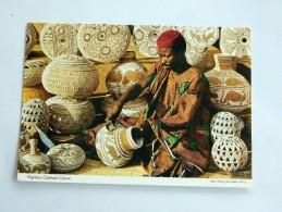 Carte Postale Ancienne : NIGERIA : Nigerian Calabash Carver, , Stamp 1977 - Nigeria
