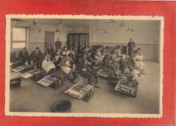 IZEGEM - Vrije Vakschool Voor Schoenmakers- Binnenzicht Werkplaats - Izegem