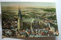 D 28 - Chartres - La Cathédrale Vue D'avion - Chartres