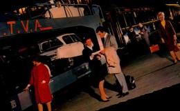CHEMINS DE FER FRANCAIS...TRAIN AUTO COUCHETTES...CPSM PETIT FORMAT ANIMEE - Trains