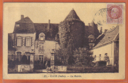 Carte Postale 36. Cluis  La Mairie  Trés Beau Plan - France