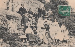DAMPVALLEY LES COLOMBES NOTRE DAMES DES ROCHES Communions Avec Curé - France