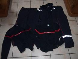 Ensemble D'uniformes De Pompiers - Uniforms