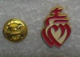 LE SACRE COEUR EMBLEME DE LA VENDEE   YYY   197 - Badges