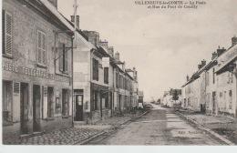 VILLENEUVE -LE-COMTE  :-  LA  POSTE  ET  RUE  DU  PONT  DE  COUILLY - Frankreich