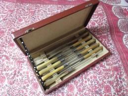 Couteau Art Nouveau Années 30 8 Couteaux Appolonox Argenterie Manche Corne Lame Acier Coffret TBE Couverts - Couteaux
