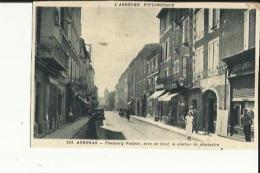Aubenas  07   Le Faubourg Pasteur Animé-Buraliste-Banque Epicerie Et Café Et Voiture - Aubenas