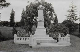 ITTRE.  VIRGINAL.  MONUMENT DES COMBATTANTS. CARTE PHOTO. - Ittre