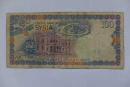 BILLET - SYRIE - P.108 - 1998 - 100 POUNDS - BUSTE EMPEREUR ROMAIN PHILIPPE - THEATRE DE BOSRA - TRAIN - FRESQUE - Syrie