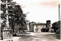 Saint Vincent De Barres La Grande Place - Otros Municipios