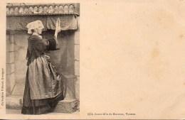 56 Jeune Fille De SARZEAU - Sarzeau