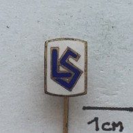 Badge / Pin ZN001705 - Football (Soccer / Calcio) Switzerland Lausanne-Sport - Football