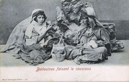 TUNISIE - BEDOUINES Faisant Le Couscous - Tunisia