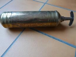 Extincteur  Pyrene Fire Extinguisher Véhicule Militaire - Véhicules