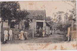 MADAGASCAR,MADAGASIKARA,MALAGASY,ile,sud équateur,ex Colonie Française,1900,ANDOVORANTO,VILLAGE CENTRE - Madagascar