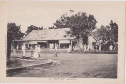 MADAGASCAR,MADAGASIKARA,MALAGASY,ile,sud équateur,ex Colonie Française,NOSSI BE,1900,le Marché,animée - Madagascar