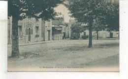 21. Saint Cheron, Place Edmond Vian - Saint Cheron