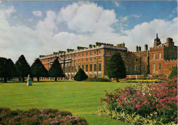 HAMPTON  COURT  PALACE   THE PALACE  FROM THE NORTH-EAST      (NUOVA) - Middlesex