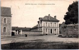 53 BOUERE - L'école Communale Des Filles. - Other Municipalities