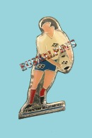 Pin´s Rugby, Papeterie De L'atlantique HENDAYE, Ancien Sponsor Du Stade Hendayais - Rugby
